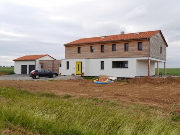 Wohnhaus-Aussenbereich-2014-Feldansicht-87